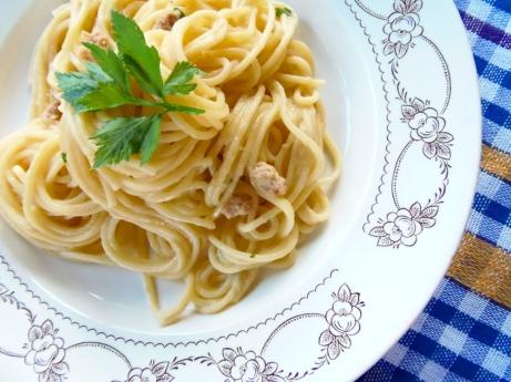 Špageti s tunom