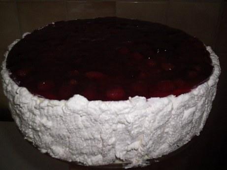 Torta od jagoda s metvicom