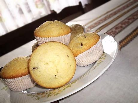 Muffini s komadima čokolade