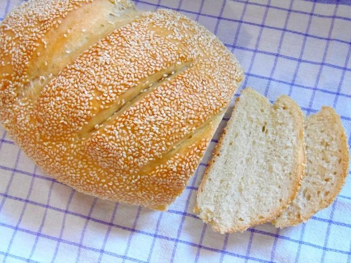 Kruh sa sezamom