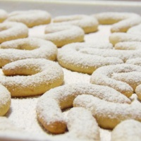 Prhki vanilin roščići s orasima